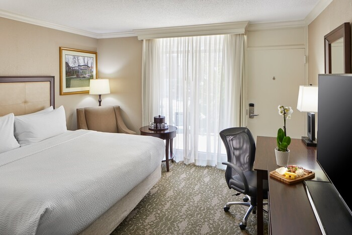 OU Inn & Conference Center Guest Room2
